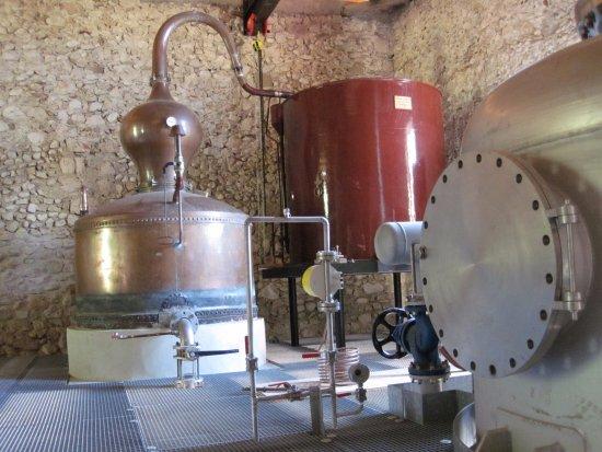 Saint-Jean-en-Royans, Francia: Le vieil alambic en cuivre