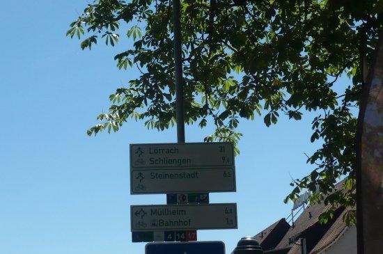 Neuenburg am Rhein, Germany: des panneaux indicatifs