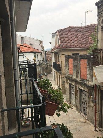 Redondela, Spania: Siamo qua! Rosa è gentilissima ci ha offerto acqua e limone e banana appena arrivati. La casa è