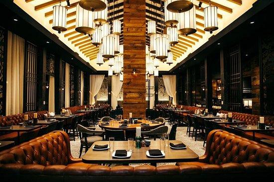 Monkitail Hollywood Restaurant