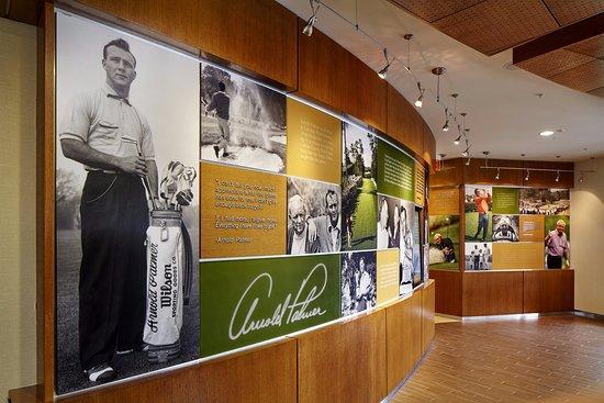 Latrobe, Πενσυλβάνια: Lobby Art Wall