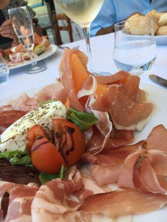 Rocchetta Nervina, إيطاليا: Beau et bon
