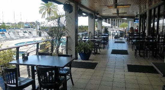 Palm Harbor, FL: Outside seating