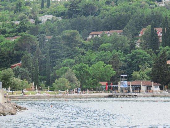 Strunjan, Slovénie : schöne Lage, leider alles voller Schulklassen (Pool, Strand)