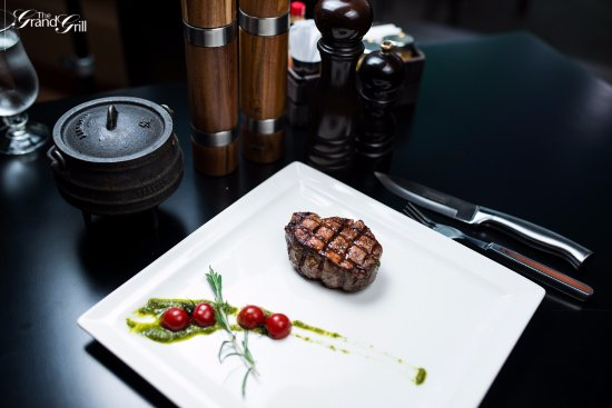 The Grand Grill: South African Fillet and oxtail Potjie
