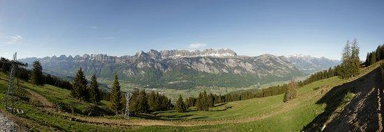 Flums, Switzerland: Aussicht vom Berghotel Schönhalden