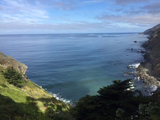 Ragged Point Inn and Resort: View just outside our room.