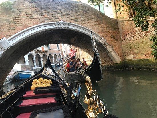 Alexandra Hai Gondola Tours: photo0.jpg