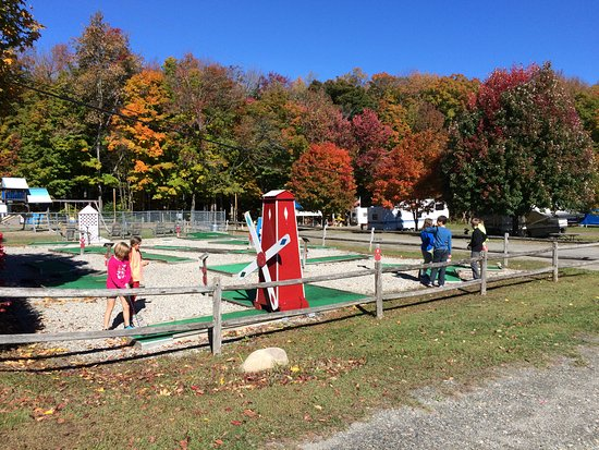 Andover, VT: Mini Golf