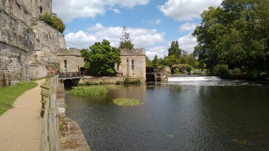 Warwick, UK: View of the weir