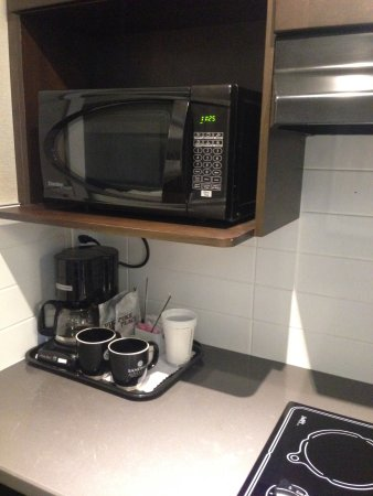 Prince George, Canada: Family suite 250 includes Starbucks coffee blend