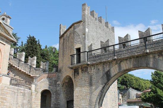 Город Сан-Марино, Сан-Марино: Porta della Murata nuova