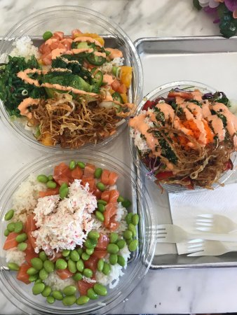 Aliso Viejo, Californie : Big Fish Little Fish Poke
