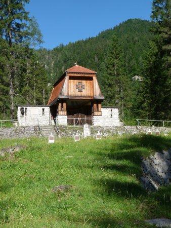 Malborghetto-Valbruna, İtalya: Cimitero degli Eroi di Valbruna