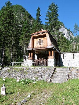Cimitero degli Eroi di Valbruna