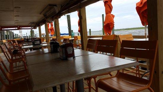 Yacht Basin Eatery: Eatery in the Yacht basin