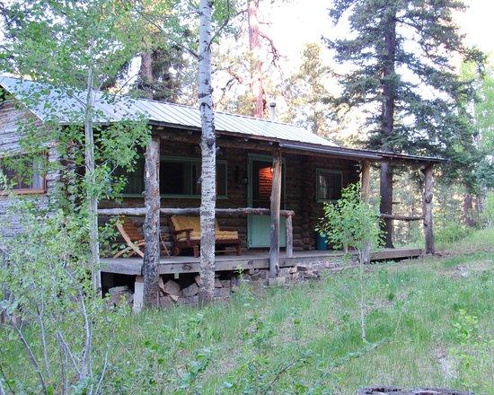 """Tererro, NM: """"Poco Tiempo"""" cabin"""