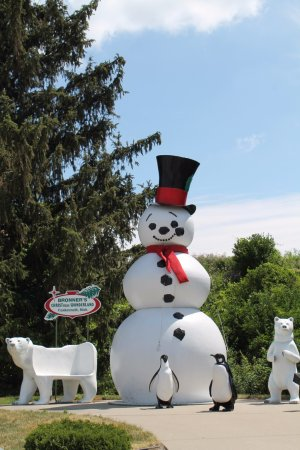 Bronner's Christmas Wonderland: Snowman