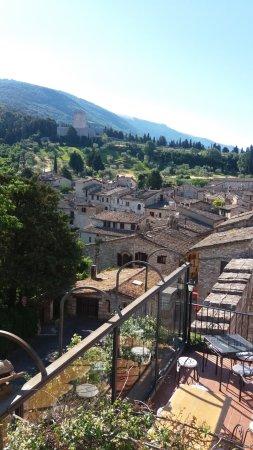 La Rocca Hotel: panorama dal terrazzo colazione