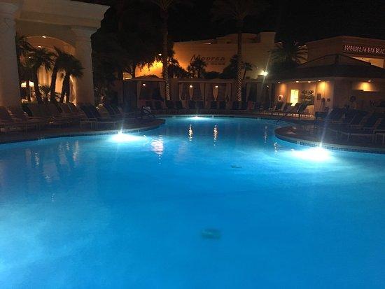Four Seasons Hotel Las Vegas : photo0.jpg