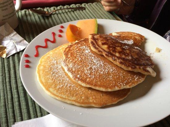The Cabernet Inn: Full stack pancakes