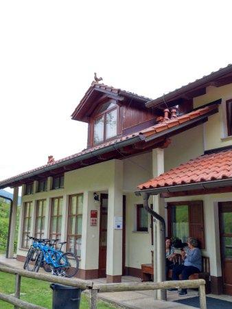 Tolmin, Slovenia: entrada al hotel