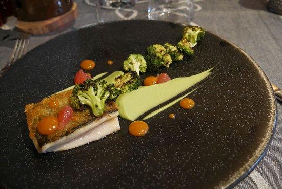 Hauteluce, Francia: truite fario déclinaison de brocolie et de pamplemousse
