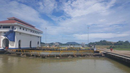 Panama Canal Partial Transit Tour : 20170613_122009_large.jpg