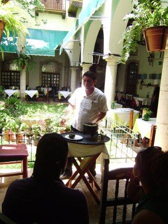 El Meson del Marques: Preparation du guacamon