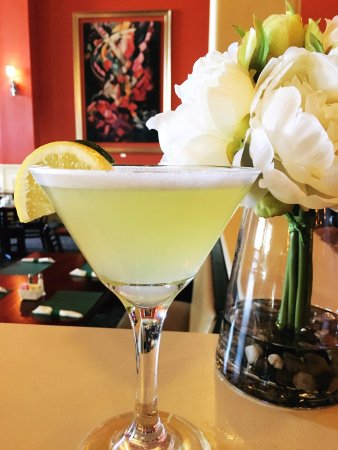 The Pines Eatery and Spirits: Elderflower Martini