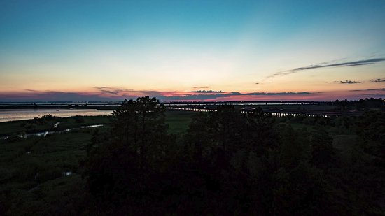 Daphne, AL: Sunset, Wide Angle View