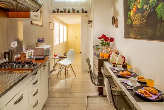 Roma Central Guest House : Breakfast