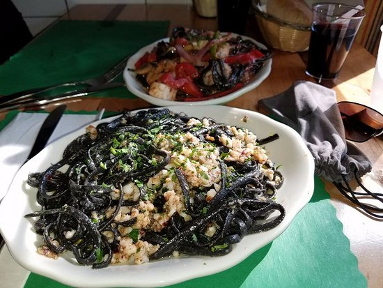The Daily Catch: Black Pasta Tinta de calamari with ground squid!!!!!! A must in Little Italy, Boston!