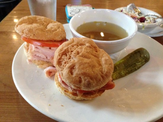 Sunriver, OR : Turkey dip without cheese on gluten free buns