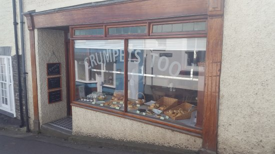 Crumpets Cafe: Don't walk past or you'll regret it!