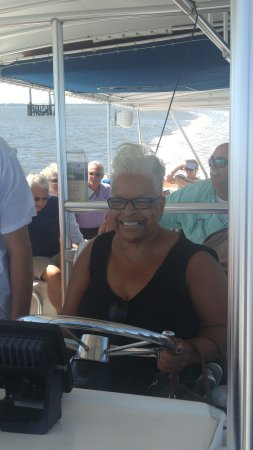 Fernandina Beach, FL: I had the opportunity to steer the boat.