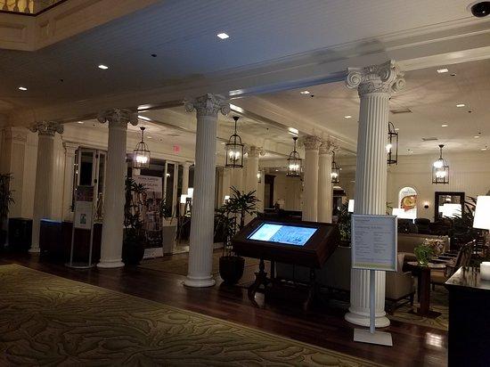 Moana Surfrider, A Westin Resort & Spa: 20170613_035552_large.jpg