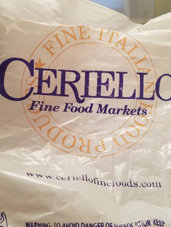 Williston Park, NY: This is their logo of their fine food market...the famous CERIELLO'S, such a great store!