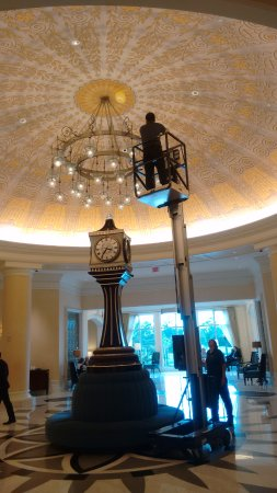 Waldorf Astoria Orlando: going beyond call of duty: baby lost balloon, floated to vaulted ceiling
