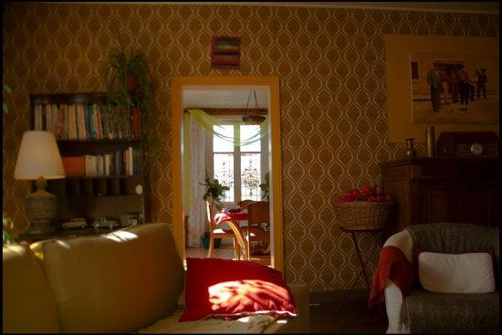 Saint-Saud-Lacoussiere, Франция: du Salon à la salle à manger