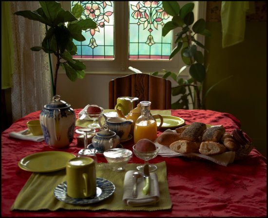 Saint-Saud-Lacoussiere, France: Petit déjeuner