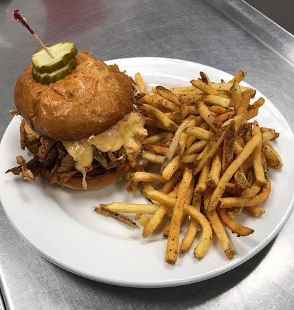 Ainsworth, NE: Pulled Pork Sandwich