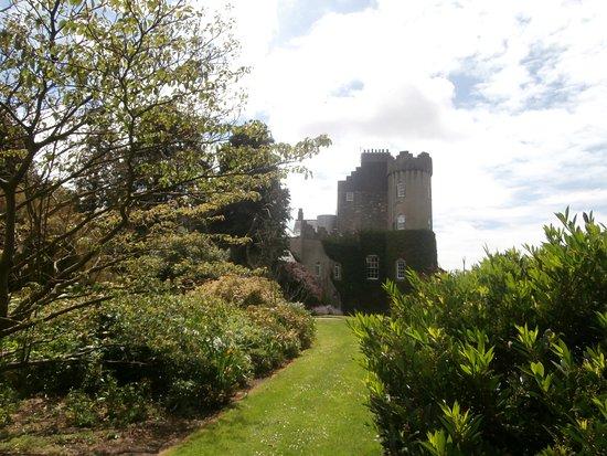 Malahide Castle: Lovely scenery