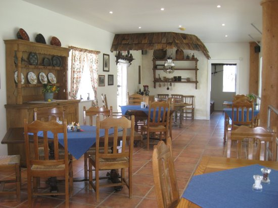 Coombs, Canadá: Dining area.