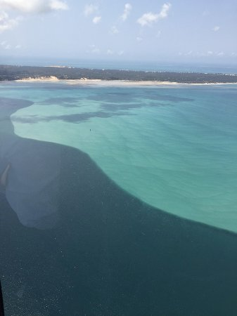 Benguerra Island, Mozambik: Amazing sea colors from helicopter ride