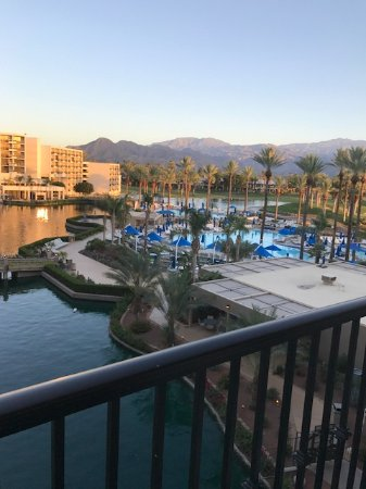 JW Marriott Desert Springs Resort & Spa: had the sun in the morning but beautiful all day long.