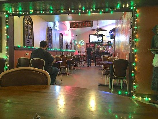 Shamrock, TX: vista saletta pub da sala da pranzo