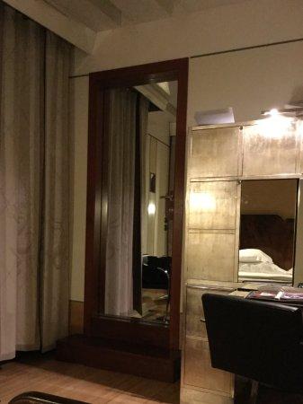 Pocket door to bathroom - Picture of Ca' Pisani Hotel, Venice ... on glass in bathroom, walk-in closet in bathroom, shoe molding in bathroom, sliding doors in bathroom, skylight in bathroom, accessories in bathroom, lighting in bathroom, wainscoting in bathroom, microwave in bathroom, fireplace in bathroom, ceiling fan in bathroom, cabinets in bathroom, base molding in bathroom, window in bathroom, mirror in bathroom, dressing room in bathroom, insulation in bathroom, corian countertops in bathroom, recliner in bathroom, crown molding in bathroom,