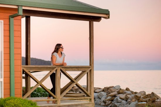 Batemans Bay, Australia: Enjoy stunning sunsets and moments with loved ones