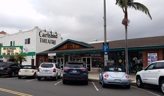 ‪Carlsbad Village Theatre‬